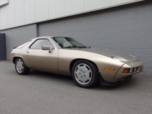Porsche 928 1982 (Very Original Condition & Great Driver)