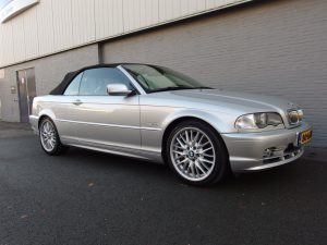 BMW 330 CI Convertible 2001 (Presentable Youngtimer & Full Options)