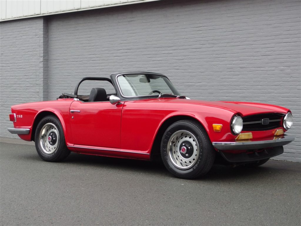 Triumph TR6 1971 (Great English Sports Car & Solid Body)