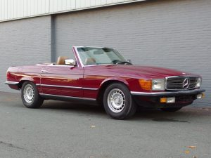 Mercedes 500 SL 1985 (European Model & Nice Color Combination)