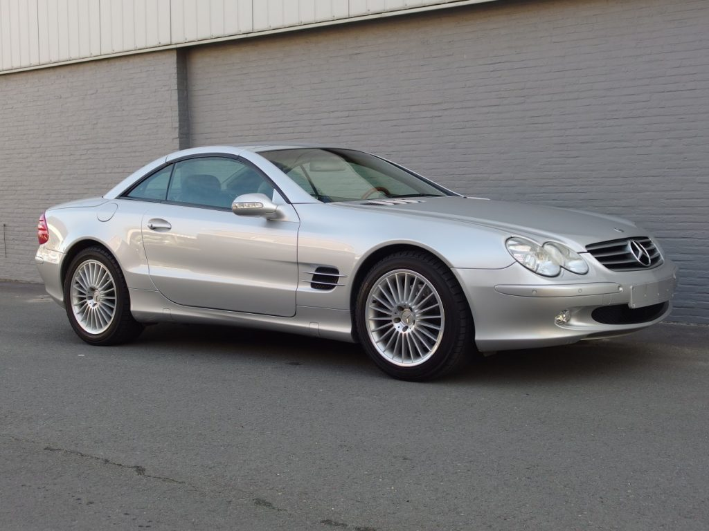 Mercedes SL 500 2002 (Perfect Summer Cruiser & Great Condition)