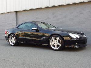 Mercedes SL600 2004 (Unique Car & Powerful Engine)