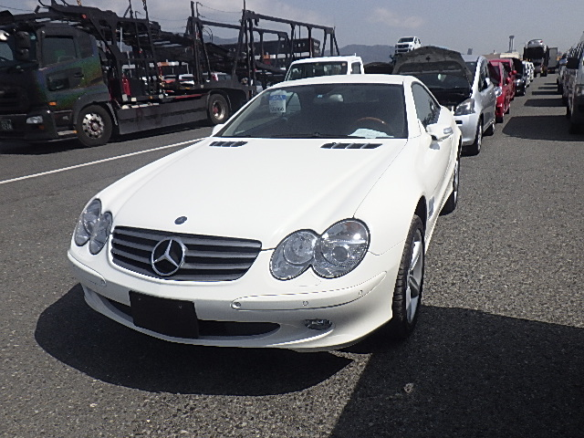 Mercedes SL500 2005 (Very Presentable & Low Mileage)