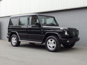 Mercedes G500 Long 2001 (Black on Black & Sunroof)
