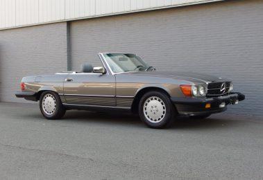 Mercedes 560 SL 1988 (Rust free & in Classy Grey/Grey)