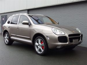 Porsche Cayenne Turbo 2004 (Unique Color Combination & Extremely Strong)