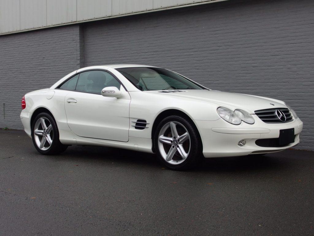 Mercedes SL 500 2003 (Presentable Car & Perfect Cruiser)