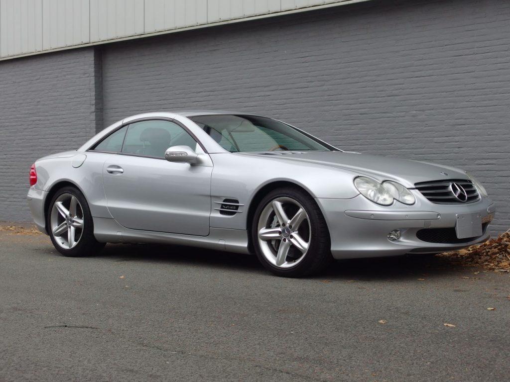 Mercedes SL 600 2003 (Unique Model & Very Presentable)