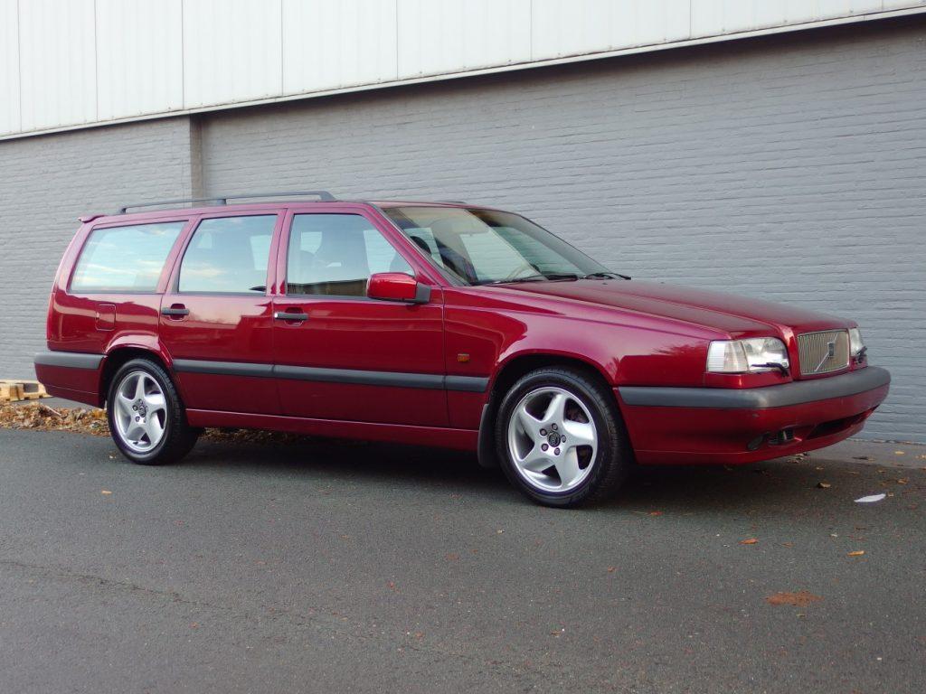 Volvo 850 T5 1995 (Full Options & Japan Import)