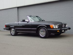 Mercedes 560 SL 1988 (Beloved Color Combination & Very Presentable)