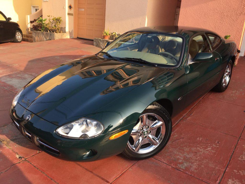 Jaguar XK8 Coupe 1997 (Elegant Sports Car & Presentable)