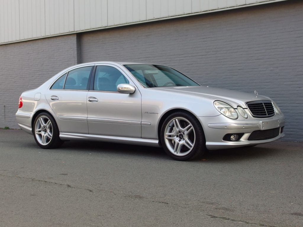 Mercedes E55 AMG 2003 (Fast Youngtimer & Unique Car)