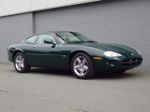 Jaguar XK8 Coupe 1997 (Elegant Sports Car & Presentable)