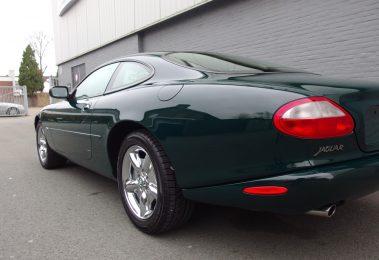 Jaguar XK8 Coupe 1997 (Elegant Sports Car & Presentable