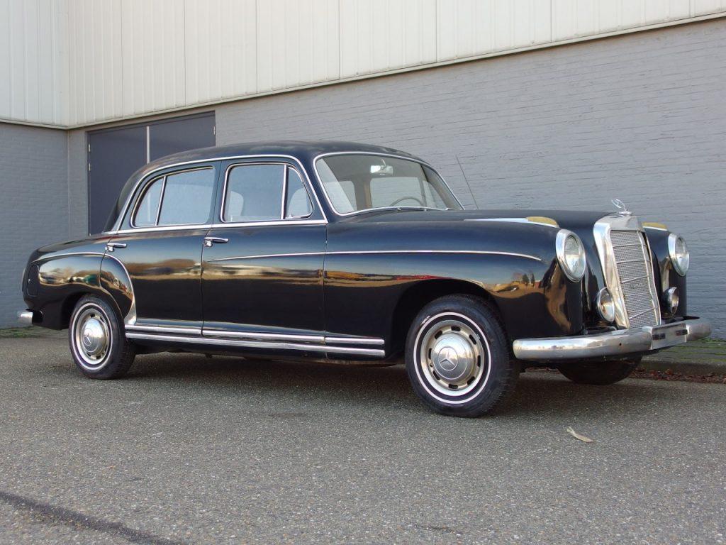 Mercedes 220 S Sedan 1957 (Very Original Car & Great Body)