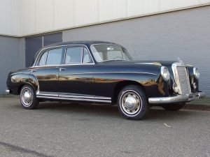 Mercedes 220 S Sedan 1957 (Very Original Car & Great Body)