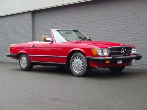 Mercedes 560 SL 1986 (Beloved Color Combination & Great Documentation)