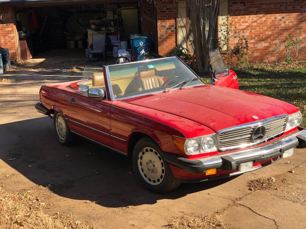 Mercedes 560 SL 1986 (Beloved Color Combination & Great Driver)
