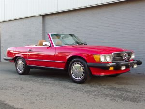 Mercedes 560 SL 1987 (Bobby Ewing Colors & Nice Looking)