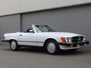 Mercedes 560SL 1987 (Low Mileage 4 Seater in White/Blue)