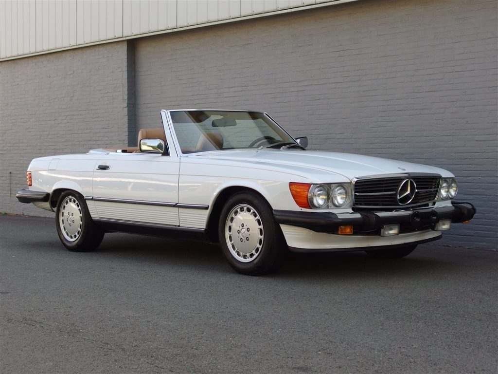 Mercedes 560SL 1986 (California Import & a Real Eye Catcher)