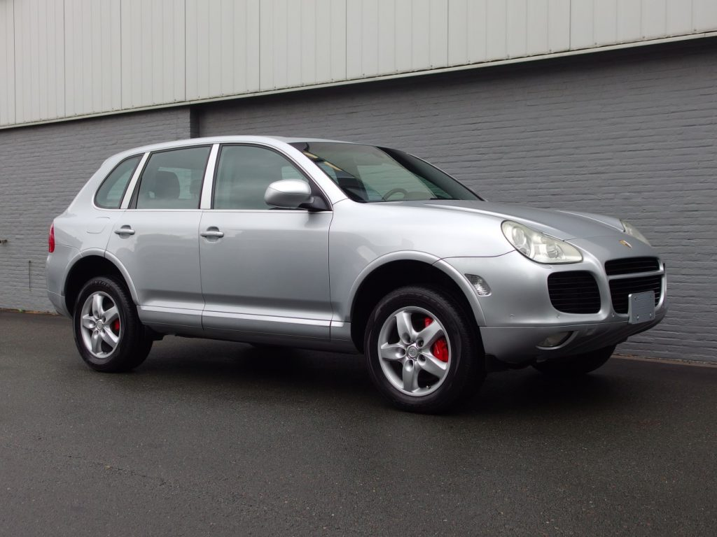 Porsche Cayenne Turbo 2003 (Powerful Youngtimer with 450 H.P.)