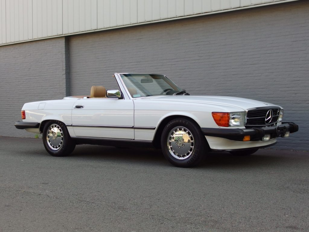 Mercedes 560 SL 1988 (Really Original Condition & Rear Seats)