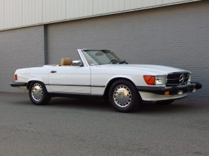 Mercedes 560 SL 1988 (Really Original Condition & Rear Seats)