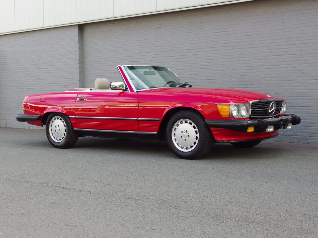Mercedes 560 SL 1987 (Perfect Body & Rear Seats)
