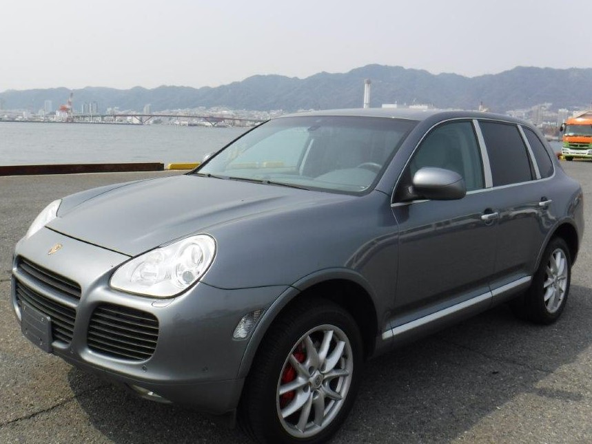 Porsche Cayenne Turbo 2003 (Powerful SUV & Perfect Youngtimer)