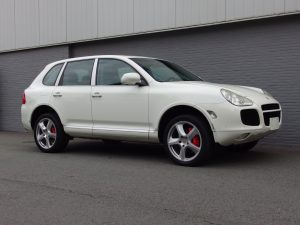 Porsche Cayenne Turbo 2004 (Strong Youngtimer & Sunroof)