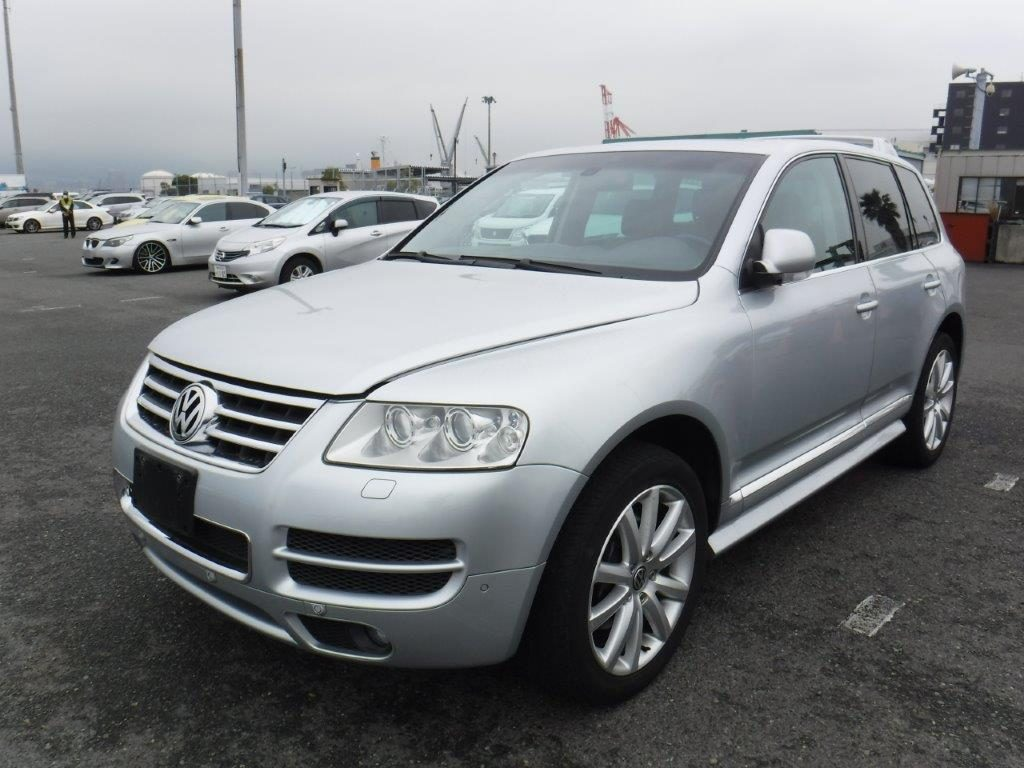 Volkswagen Touareg W12  2007 (Exclusive Edition & Great Documentation)