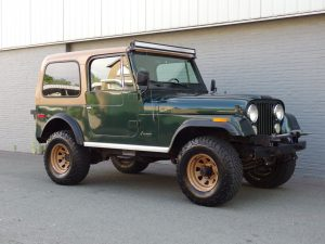 Jeep CJ7 V8 1978 (Incl. Steel Doors & Hardtop)