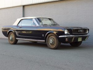 Ford Mustang Convertible V8 1966 (Fantastic Barn Find & Strong Runner)