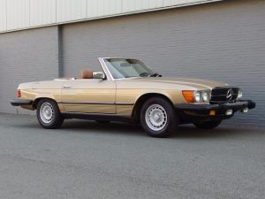 Mercedes 380 SL 1983 (Very Original Car & Great History Documentation)