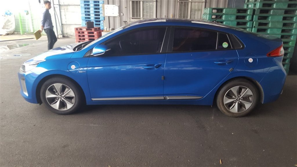 Hyundai IONIQ Electric 2017 (New Condition & Nice Driver)