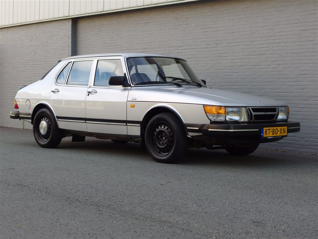 Saab 900 1987 4-Door Sedan (Original Dutch Car Still In Great Shape)