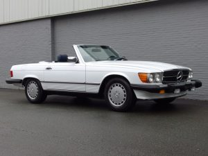 Mercedes 560SL 1988 (Smooth Runner & Becker Radio)