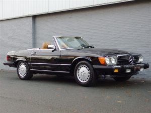 Mercedes 560 SL 1986 (Beloved Color Combination & Rear Seats)
