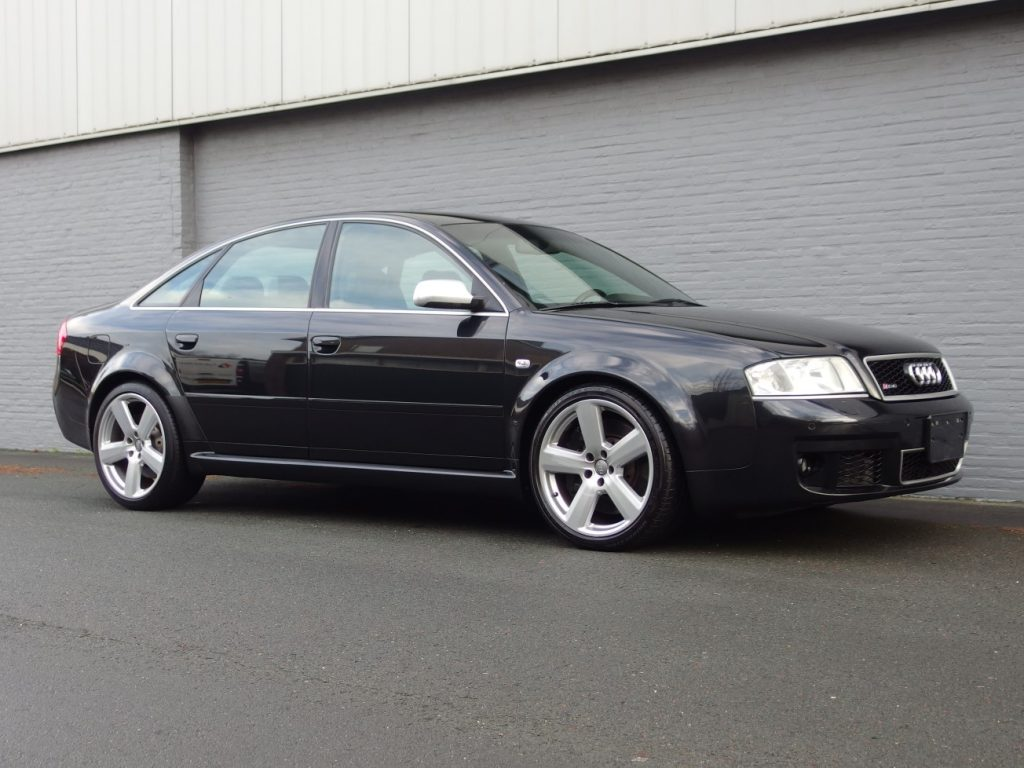 Audi RS6 2004 (Black on Black & Extreme Fast Sedan)