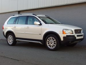 Volvo XC 90 V8 2006 (Powerful SUV & 7 Seats)