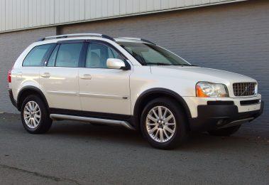 Volvo XC 90 V8 2006 (Powerful SUV & 7 Seats)