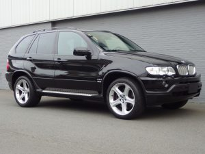BMW X5 4.6is 2003 (Very Presentable & Unique Red Interior)