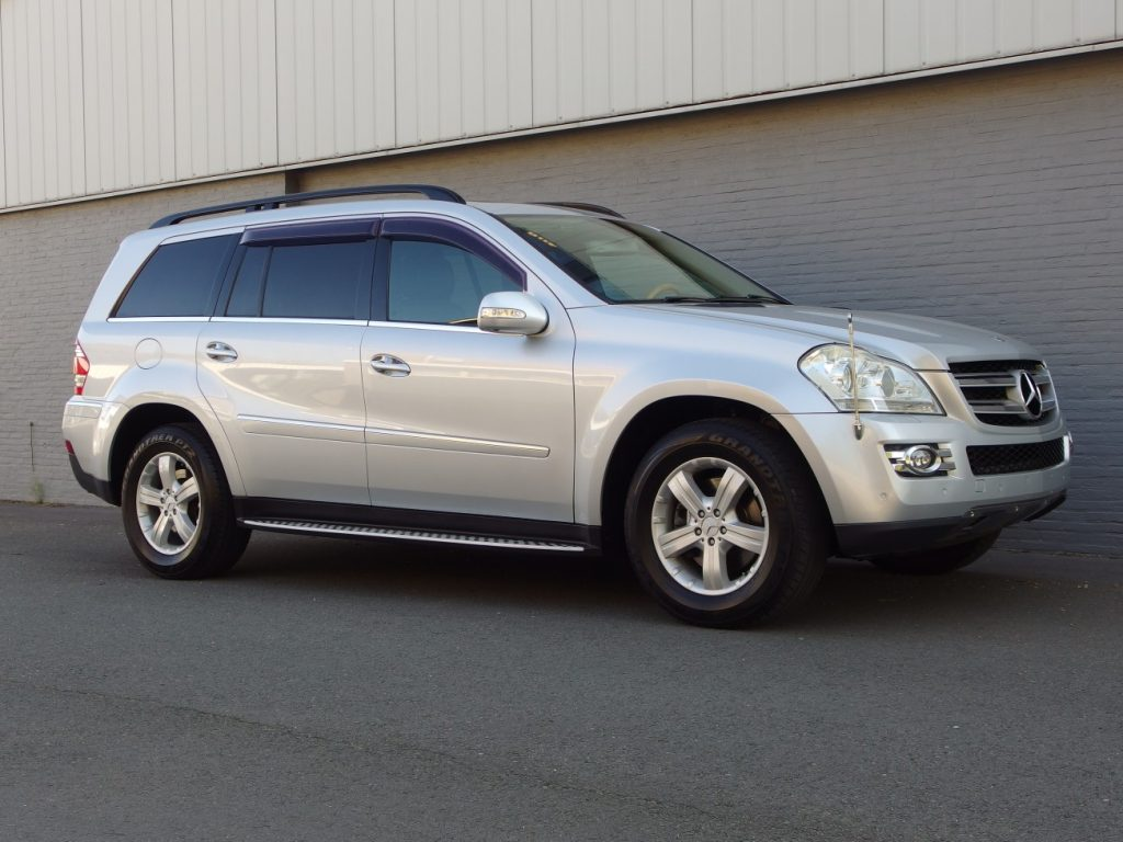 Mercedes GL550 2006 (Beautiful Condition & 7 Seater)