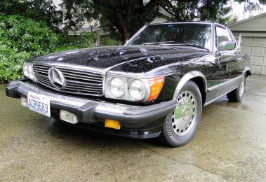 Mercedes 560 SL 1989 (Triple Black & Very Original Condition)