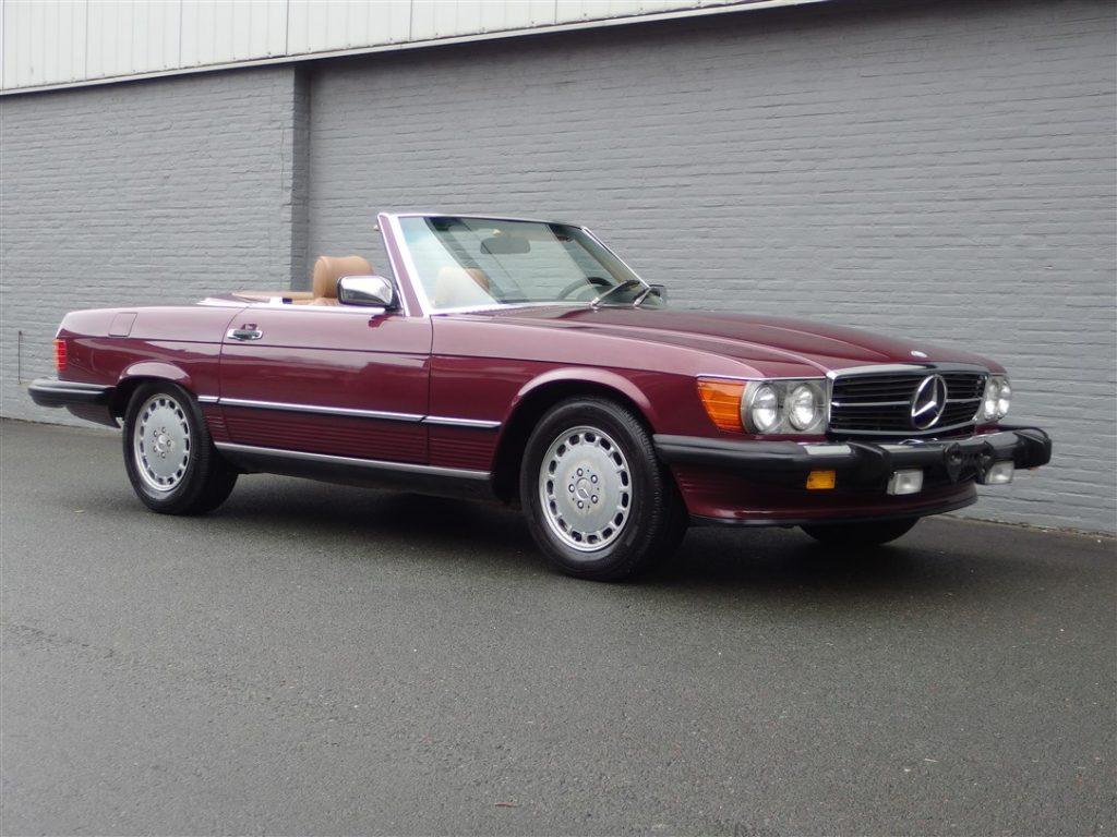 Mercedes 560 SL 1986 (Famous Original Owner & Very Presentable)