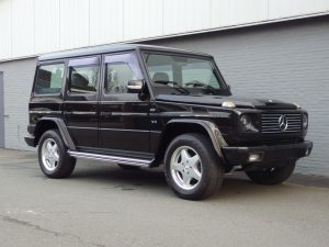 Mercedes G55 AMG 2000 (Black on Black & Extra Rear Seats)