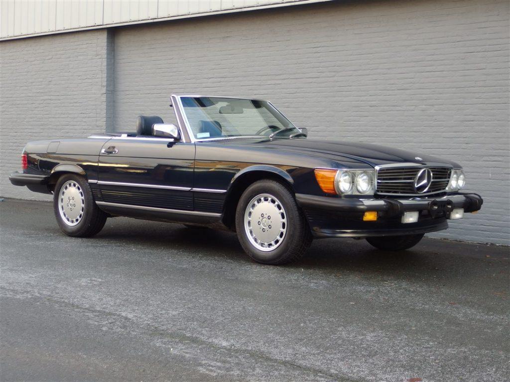 Mercedes 560 SL 1987 (Beautiful Color Combination & Original Car)