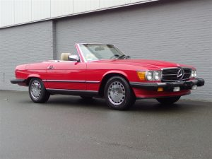 Mercedes 560 SL 1989 (Beloved Color Combination & Presentable Car)