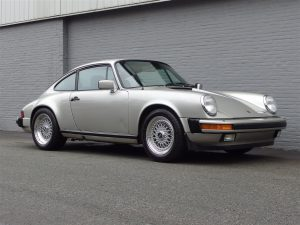 Porsche 911 SC Coupe 1982 (Perfect Driver & Great Documentation)